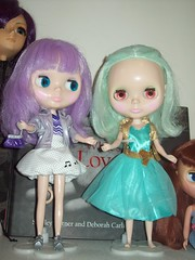 Party! (dreams of Violets) Tags: toys dolls barbie pullip blythe
