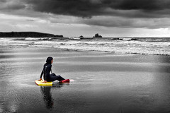 Waiting for action - Explore (Azdoe.) Tags: people bw woman color beach clouds canon blackwhite surf waves playa bn explore nubes 7d santander cantabria liencres paipo explored valdearenas