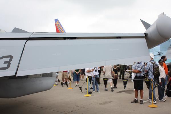 EAA10_EA-18G_41