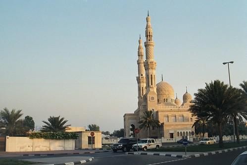 001 Dubai Jumeirah Mosque 2