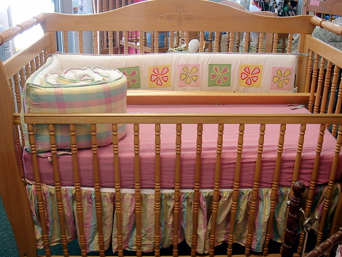 ditto kiddo crib and bedding