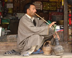 Hooked to hookah and clinging to Kangri at Sonamarg (J&K)