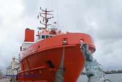 Bremen Hunter (jade-schiffsbilder.de) Tags: offshore vessel versorger bremenhunter imonummer8028565