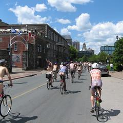 flags cycle criticalmass halifax bicyclette vlo sunnyday wnbr