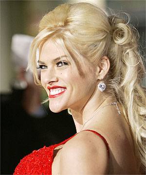 Anna Nicole surgery video blocked
