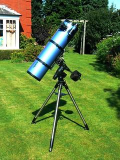 Sky-watcher 200M