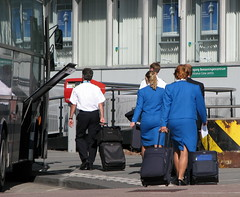 KLM (bogers) Tags: life travel blue people holland netherlands dutch amsterdam photo airport europe blauw air diary nederland daily bleu holanda klm stewardess bas schiphol bogers luchthaven airhostess hostes luchtvaart niederlände basbogers airgirl 15092007 basbogersdenhaaghotmailcom