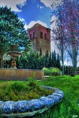 Villalba de la Lampreana (Fran Villalba) Tags: parque espaa tree tower church spain nikon fuente rbol font 1855mm pino hdr zamora nikond60 tierradecampos villalbadelalampreana