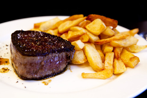 Fillet mignon with frites