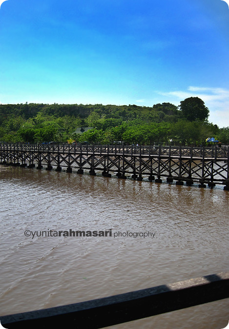 The other side of Bentar Beach