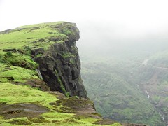 Lands end at Malshej Ghat (Mezzotint) Tags: ghat malshej