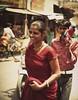 udaipur 1 (hanna.bi) Tags: street red woman india smile sari udaipur rajahstan hannabi