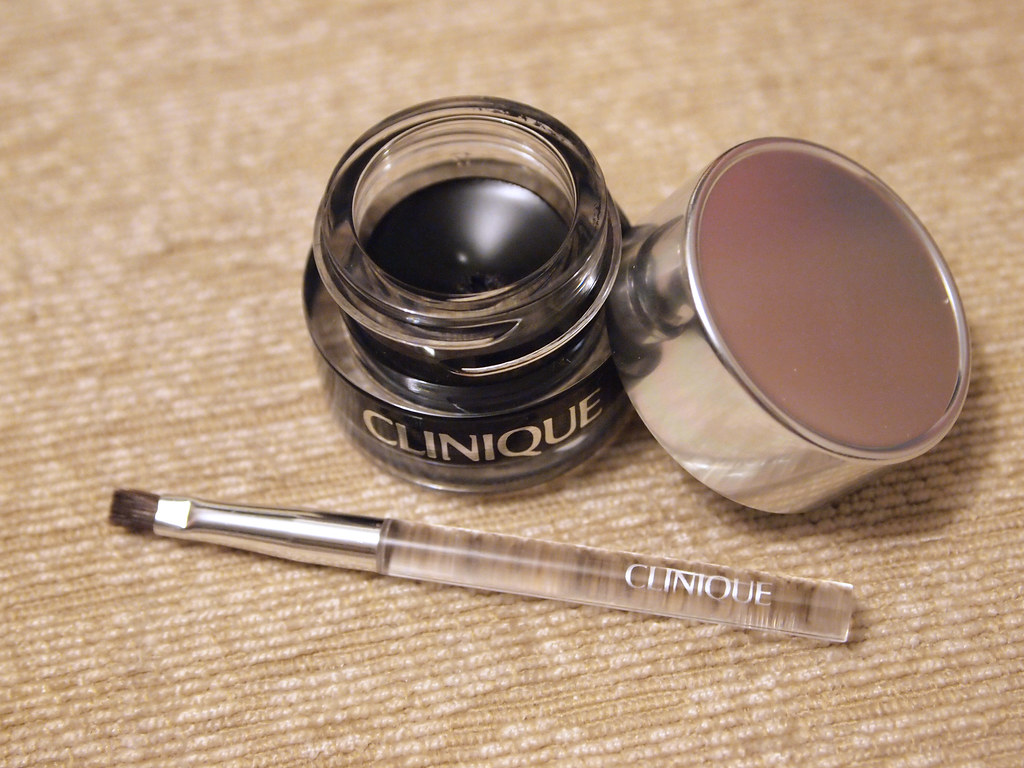 clinique all about eyes serum