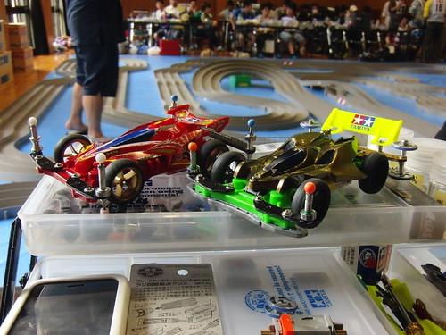 左:スピードレース用 右:耐久レース用
