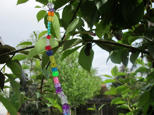 Rainbow string in the tree