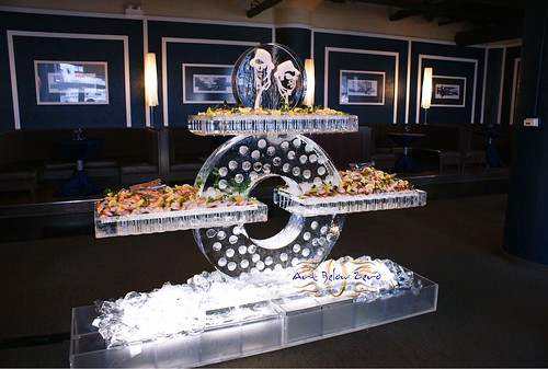 Cycle Seafood Table ice sculpture