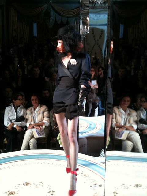 08 Third look of the Lanvin for H&M show- tuxedo jacket and red killer heels