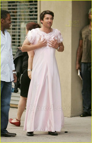 patrick-dempsey-wedding-dress-02