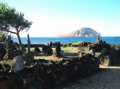 tiki rock gardens 10 (everymarble) Tags: beach hawaii shrine oahu rabbitisland makapuubeach mananaisland kaupobeach ritualsite