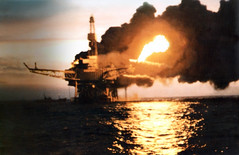 The Piper Alpha disaster on American-operated platform in the British North Sea (londonconstant) Tags: usa fire platform american northsea disaster armandhammer lossoflife piperalpha occidentaloilcompany