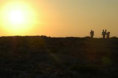 Punta Nati (Jokin BCN) Tags: summer black yellow backlight walking island three bcn verano punta nati isla menorca baleares estiu contrallum uda balears jokin illes irla