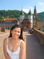 Heidelberg 2007 (let²) Tags: travel bridge woman beauty smile lady female germany deutschland europe pretty amy eu charm heidelberg brücke 111v1f badenwürtenberg