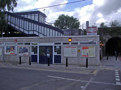 Picture of Berrylands Station