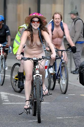 : ride, world, nikon, 2010, nude, manchester, naked, bike, 70200vr, d3