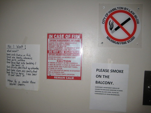 NO SMOKING: City of Hamilton By-law 80-258 Maximum Fine $5000
