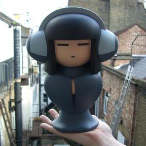 Geisha TokyoPlastic (front 2)