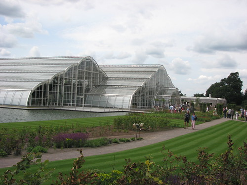 new glass house at rhs wisley