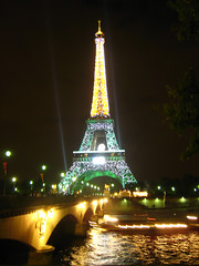 FRANCE Tour Eiffel aux couleurs du Rugby (nournours) Tags: paris france seine rugby toureiffel