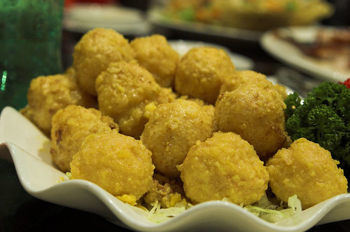 Fried prawn balls