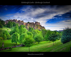 Edinburgh Castle - Edinburgh, Scotland (HDR) (farbspiel) Tags: travel blue red vacation plants holiday colour green rot castle history tourism colors sunshine yellow skyline clouds photoshop photography scotland ancient flora nikon colorful edinburgh colours cloudy pflanzen scottish wolken wideangle bluesky historic gelb journey blended handheld mystical colourful grn blau nikkor dri blauerhimmel hdr highdynamicrange burg farben castlerock blend schottland sonnenschein wolkig workflow gbr niceweather postprocessing dynamicrangeincrease 18200mm d90 schneswetter photomatix digitalblending tonemapped tonemapping farbenpracht detailenhancer grosbritannien topazadjust topazdenoise klausherrmann topazsoftware hdrworkflow topazphotoshopbundle nikonafsdxnikkor18200mm13556gedvr
