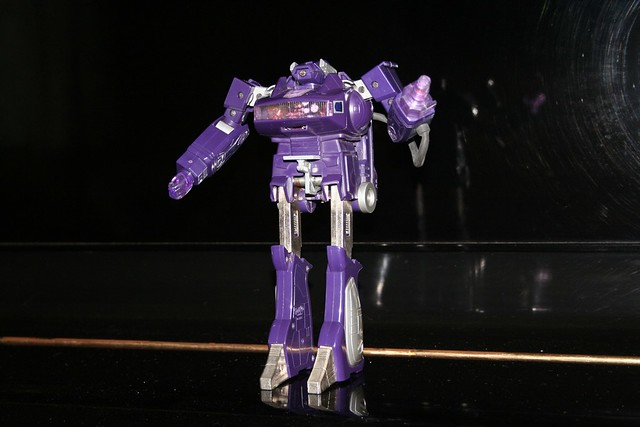 juguete robot Shockwave Transformers