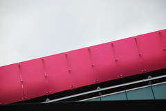DSC_5022 - The Pink Band (Anyhoo) Tags: uk england london guesswherelondon londonguessed gwl anyhoo guessedbybaronvonbeerfest photobyanyhoo