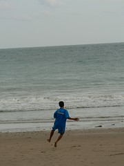(galit lub) Tags: boy sea people beach water island movement southeastasia bodylanguage thiland    kolente