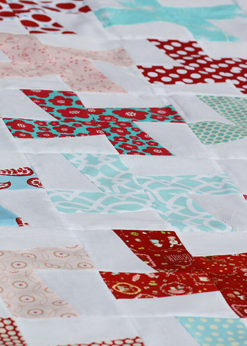 Wild Thing quilt in red, aqua and pink