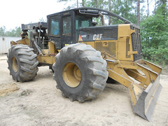 2007 CAT 545C with 5500 Hours for Sale 02 (Jesse Sewell) Tags: cat forsale forestry logging 360 caterpillar 525 winch 630 deere 660 grapple 545 620 catarpillar 560 tigercat 460 timberjack 848 catrpiller 648h singlearch 525b 360c 450c 560c 610c 660c 620c catrpillar 540h 640g 535b 460c 525c wwwskidderzonecom skidderzone 518c 540g dualarch 535c wwwjessesewellwordpresscom wwwyoutubecomuserskidderzone wwwflickrcomphotosskidderzone 545c 648g 748g 548g 548g2 548gii 540g2 540gii 540giii 548g3 540g3 640g2 640gii 640giii 640g3 640h 548h 748h 848h 848g3 848giii 848g2 648gii 630c 630d e620c