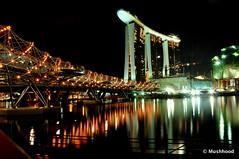 The Double Helix Bridge (mushhood) Tags: singapore marinasands thedoublehelixbridge