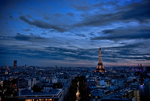 la ville lumière at twilight