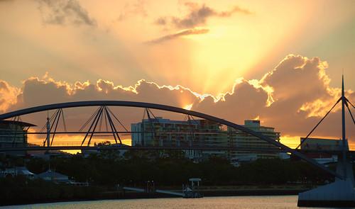 mais um dia termina em Brisbane, Queensland carinhosamente chamada na Australia de Sunshine state