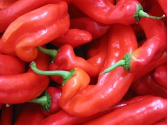 Peppers (Mike Dole) Tags: red norway catchycolors peppers bergen