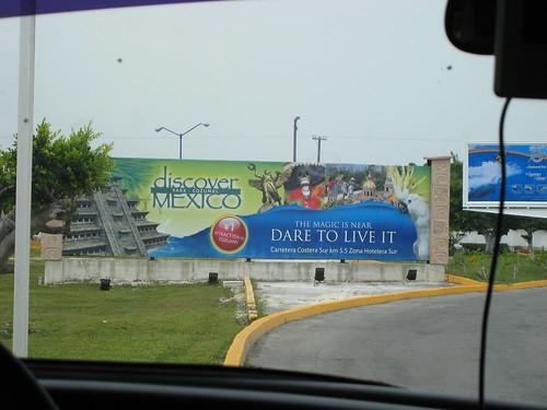 Discover Mexico sign
