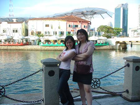 Suanie at Clarke Quay with Fireangel