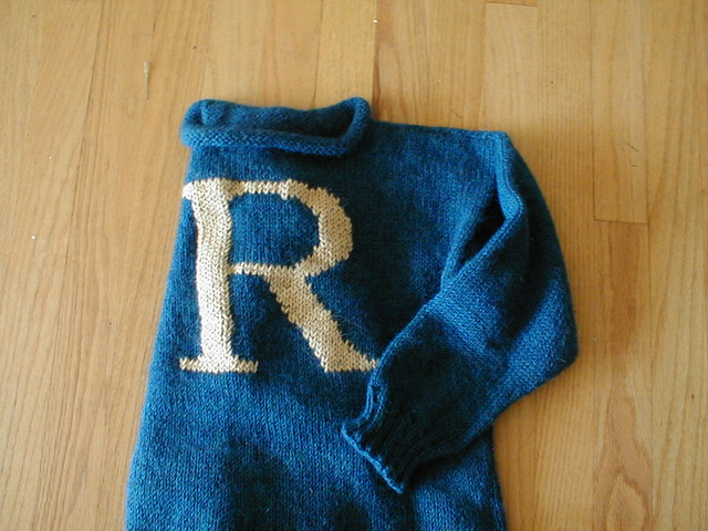 Knitting Pattern For Weasley Sweater : Harry Potter knitting patterns not your average crochet