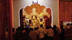 The All-seeing Lord (asis k. chatt) Tags: hindutemple ibeauty