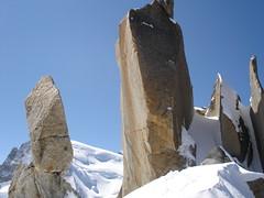 L'arête des cosmiques (NòO) Tags: france alps alpes mountaineering chamonix montblanc alpinisme aiguilledumidi blueribbonwinner arêtedescosmiques cosmicedge