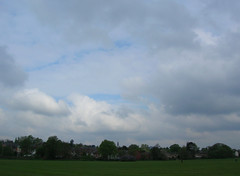 Friday 07 May 2010: View NW at 08:51BST (Birmingham Selly Oak Weather) Tags: weather clouds birmingham environment climate meteorology midlands b29 jcweatherman sellyoak sellypark