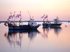 Come on England (barrycross) Tags: boat fishing flag stgeorge orford alde comeonengland theworldcup barrycross barrycrossphotography